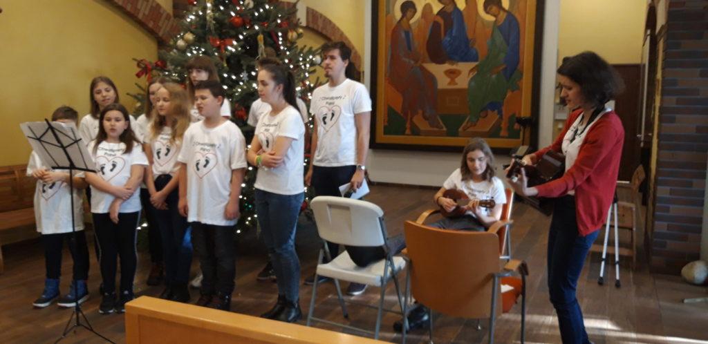 """16 stycznia w auli Hospicjum Cordis odbył się koncert kolęd w wykonaniu Zespołu Dziecięcego """"Chwalipięty Pana"""" z Mysłowic"""