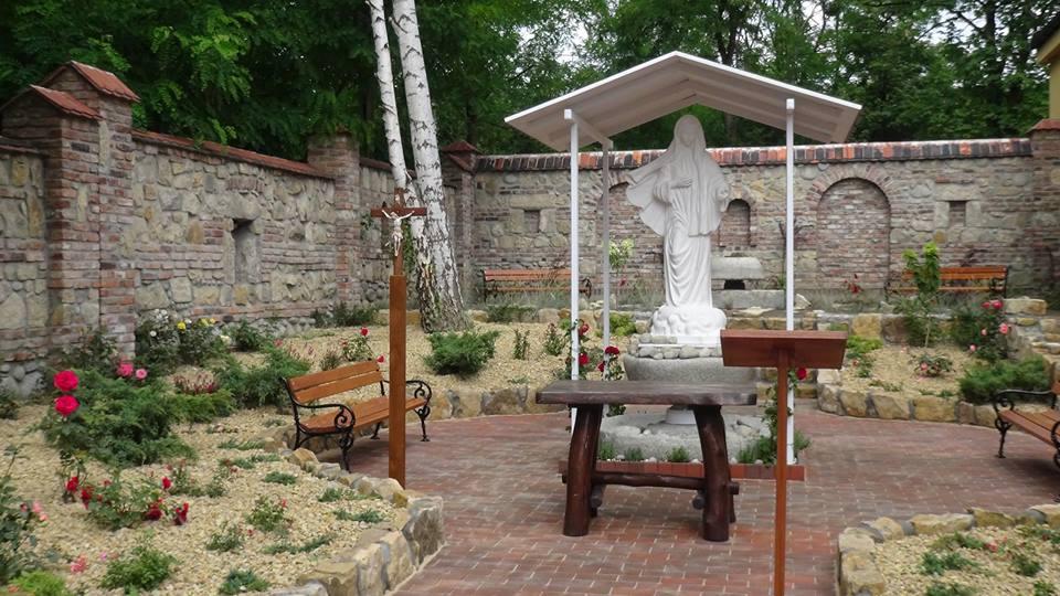 Poświęcenie Ogrodu Maryjnego